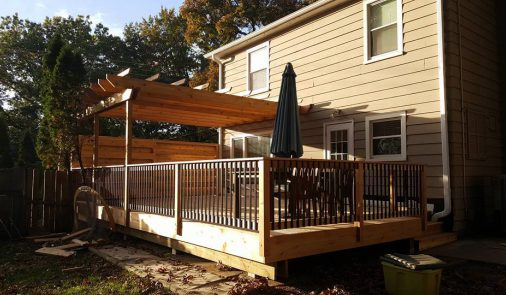 Deck with cool gutter